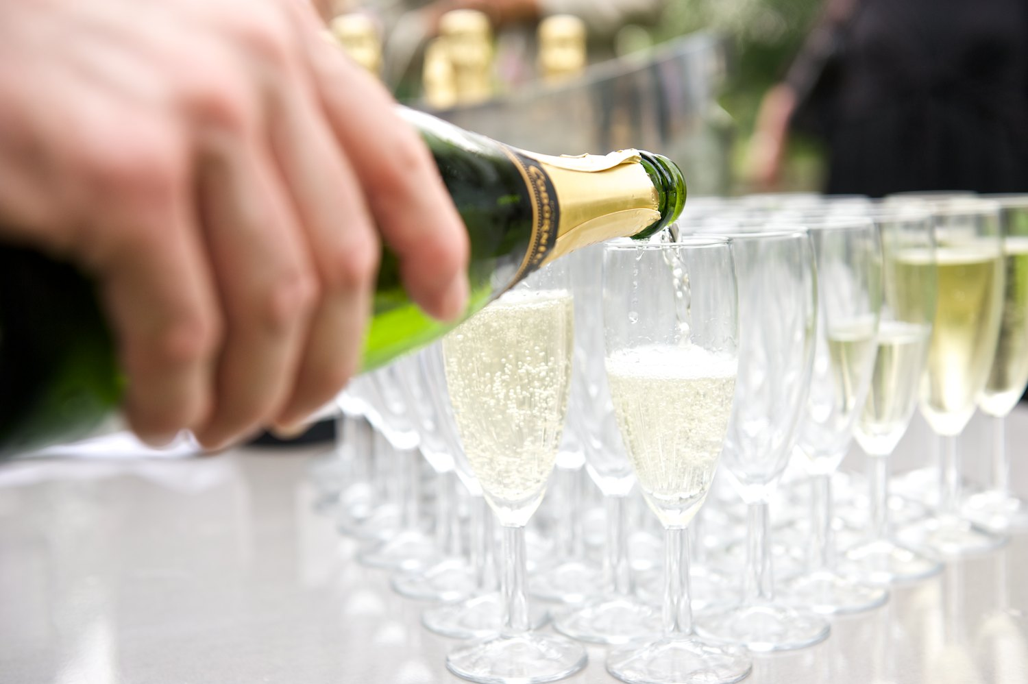 champagne photo drinks canapés